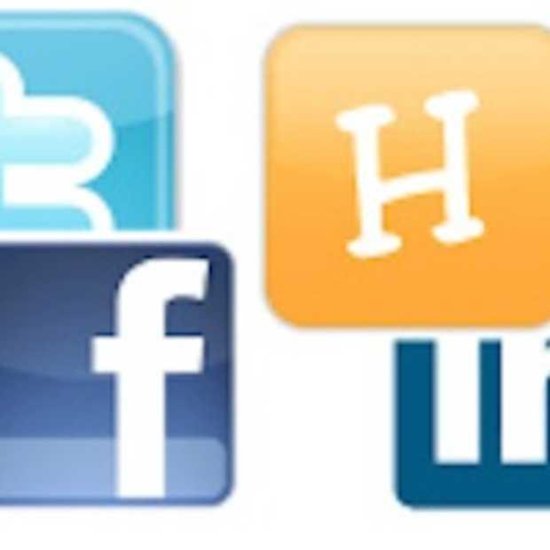 10 tekenen van een mogelijke social media verslaving [infographic]