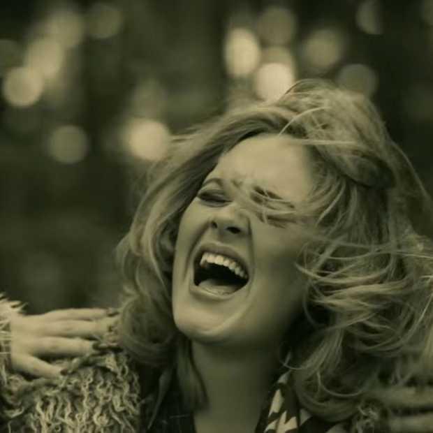 Hilarisch: man reageert op Facebook-oplichtster met Hello van Adele