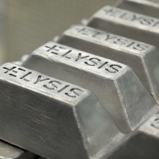 Apple technici vinden koolstofvrije methode voor smelten van aluminium