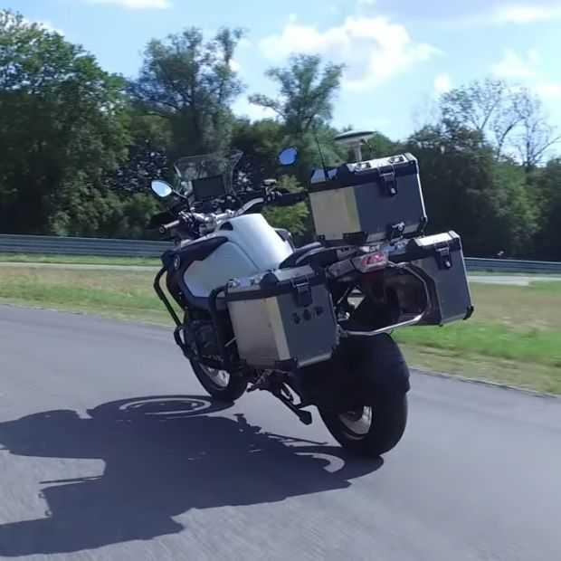 BMW heeft een zelfrijdende motor maar die gaan ze niet verkopen