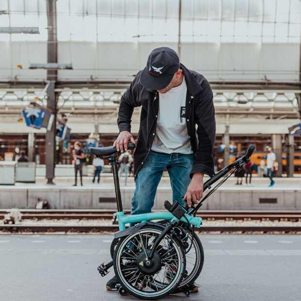 DJ Tom Trago vangt Amsterdams geluid voor Brompton Electric