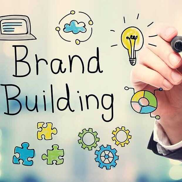 Build Brilliant Brands: e-book vol advies en inzichten van 22 marketingexperts