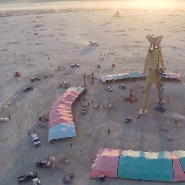Unieke drone-beelden van Burning Man