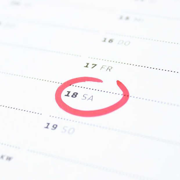 Kijk naar de economische kalender voor je investeert