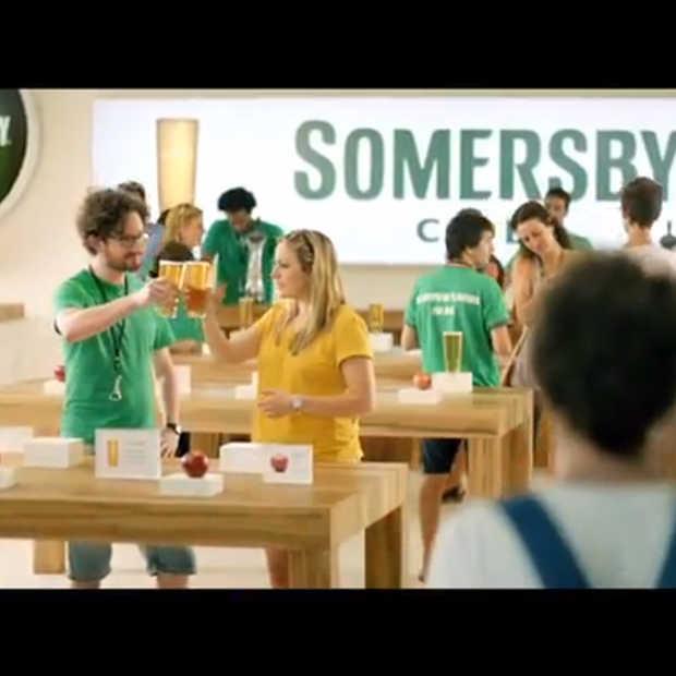 Carlsberg spooft Apple