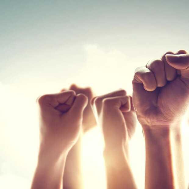 Waarom het traditionele consumentenrecht op sociale media faalt