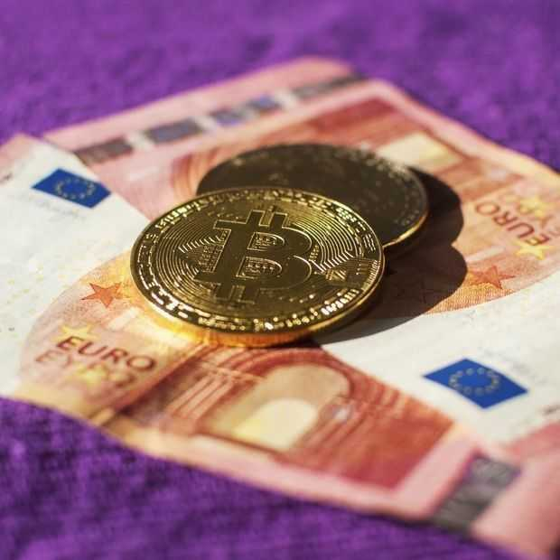 Bitcoin bereikt nieuwe recordhoogte van boven 63.000 dollar