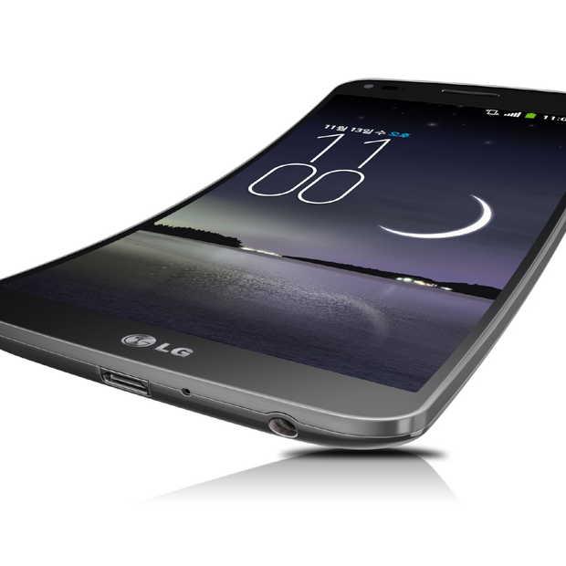 De LG G FLex: Gebogen OLED scherm en zelfhelende coating