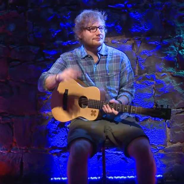 Ed Sheeran speelt show voor 2 dollar, maar niemand komt kijken
