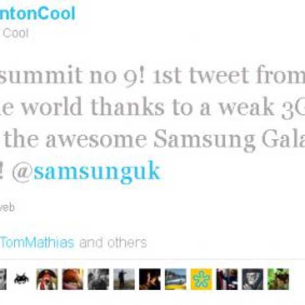 Eerste Tweet en belletje vanaf de Mount Everest