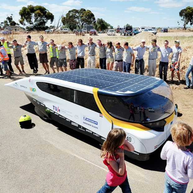 Eindhoven leidend in Cruiser-klasse na finish World Solar Challenge