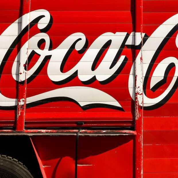 Bottlegate op EK: voetballers boycotten Coca-Cola en Heineken