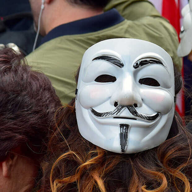 Extremistisch op Facebook? Je volgers kunnen je rapporteren