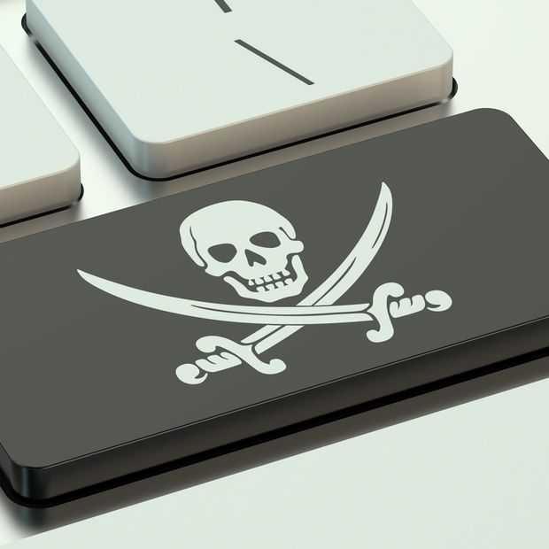 Illegaal muziek delen via Facebook hard aangepakt