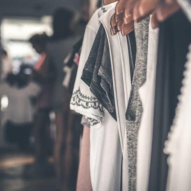 Secoo gaat de merken Prada en Miu Miu verkopen