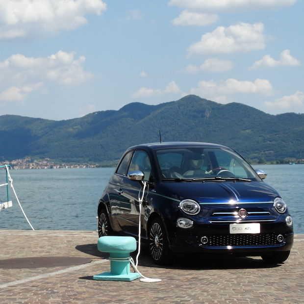 Fiat 500 Riva, partnership van 2 Italiaanse iconen Fiat en Riva.