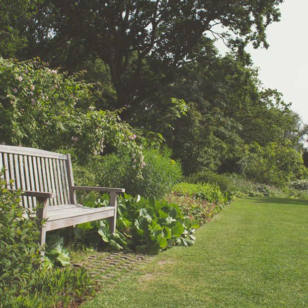 Insider tips om je tuinmeubelen langer te laten stralen