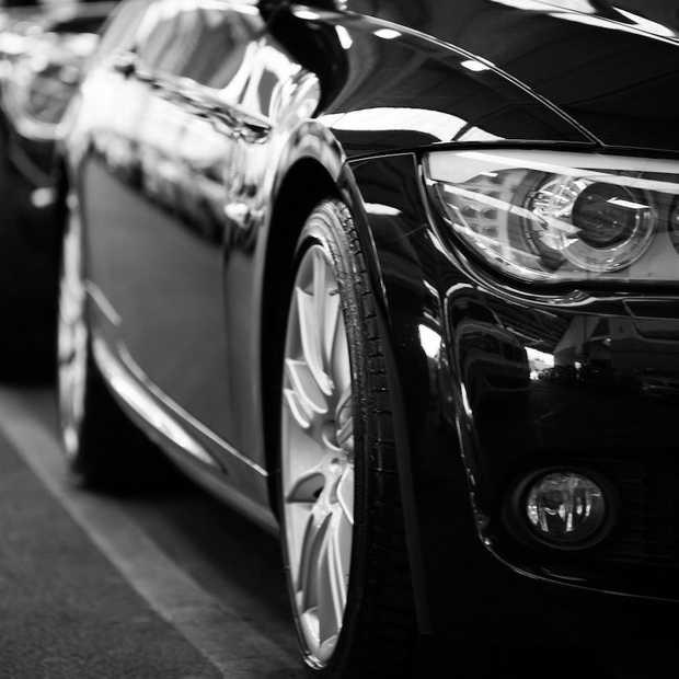Rode en groene auto's steeds minder populair