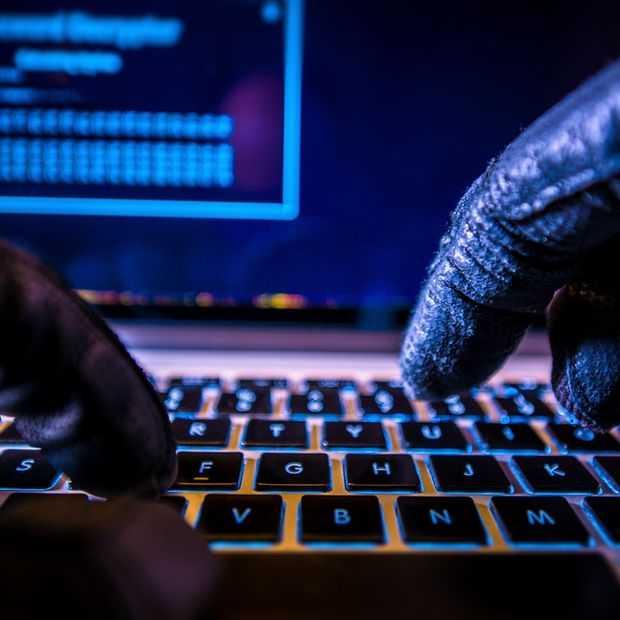 HBO lijkt te bezwijken onder druk van lekkende hackers