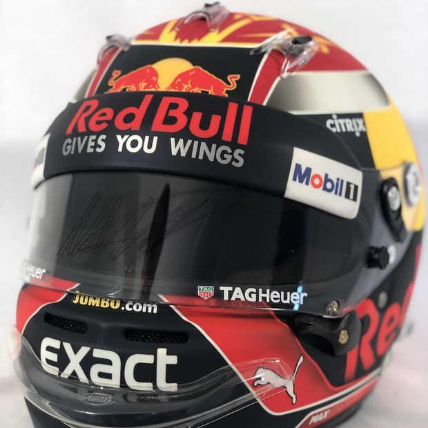 Originele Max Verstappen-helm (2017) gaat onder de hamer
