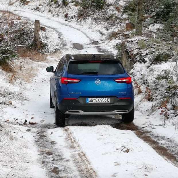 De nieuwe Opel Grandland X Hybrid4