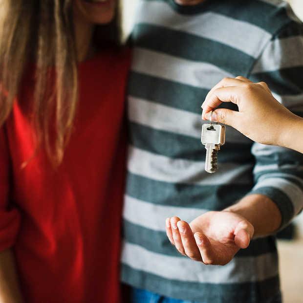 Jonge huizenkoper ervaart zoektocht naar hypotheek als stressvol