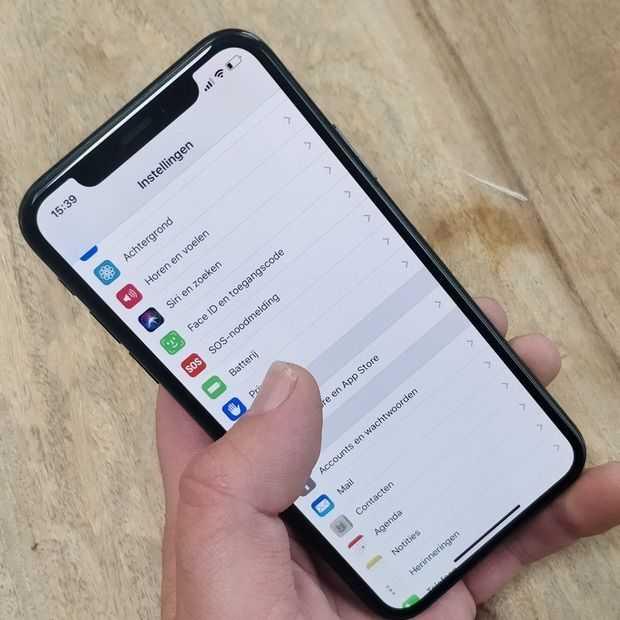 Apple test aanraakloze besturing en gebogen schermen voor iPhones