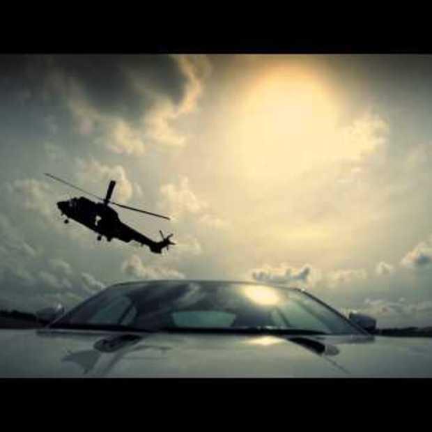 Jaguar F-Type Coupe - Robert Doornbos vs Cougar