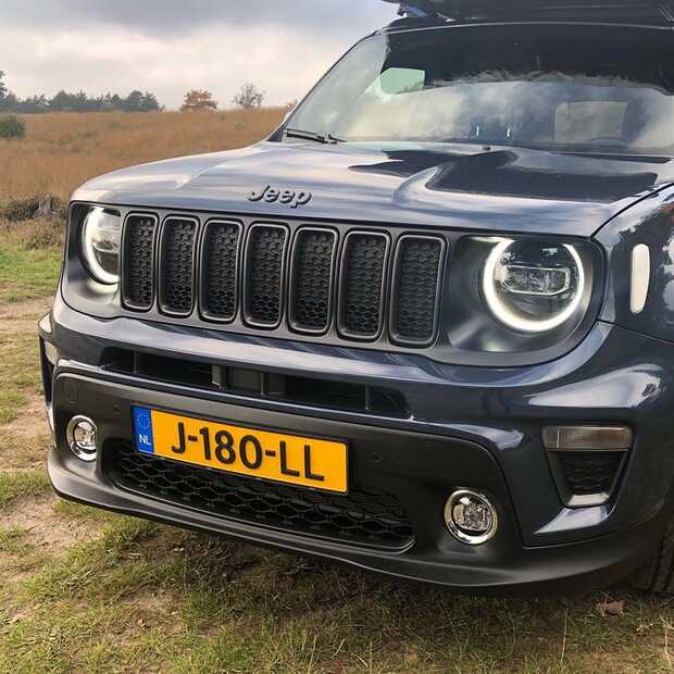 De Jeep Renegade 4xe​: Best of both worlds!​