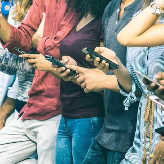 Het verval van Facebook bij tieners blijft doorgaan