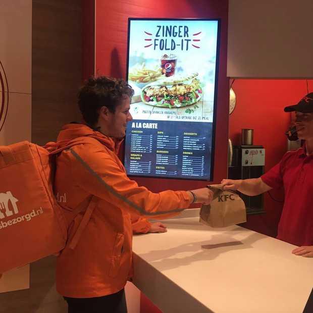 Ook KFC gaat thuisbezorgen