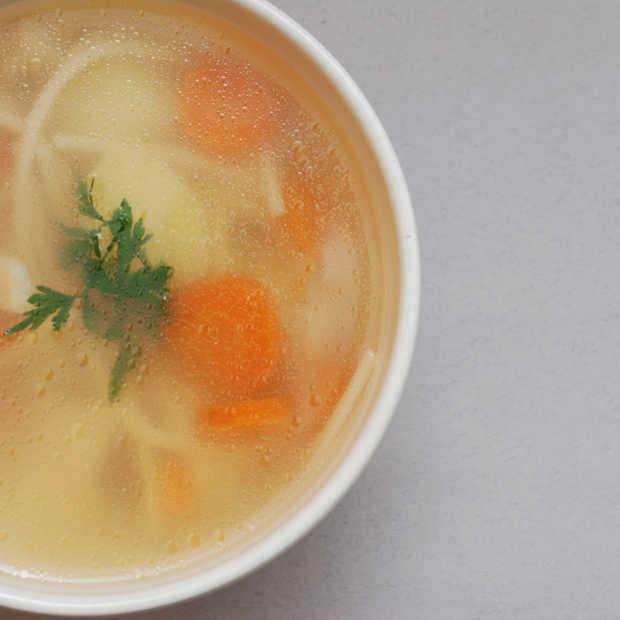 Zwak, ziek of misselijk? Eet en drink dit om snel weer full swing aan het werk te zijn