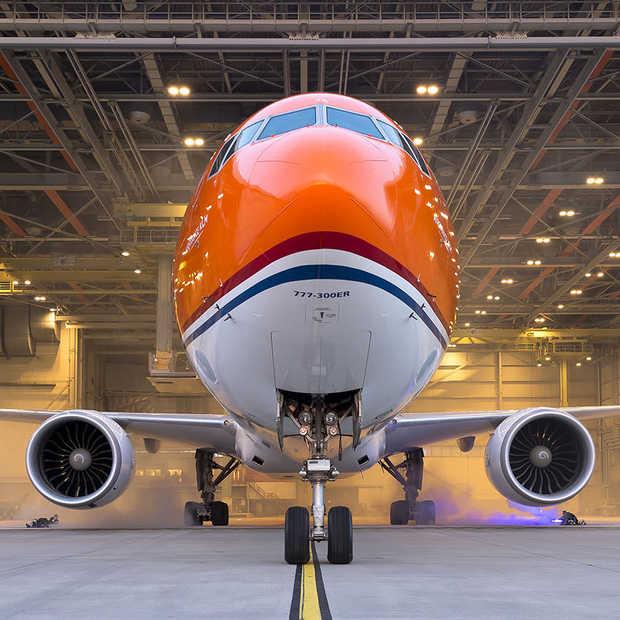KLM houdt woord en komt met een oranje uitvoering van de Boeing 777-300