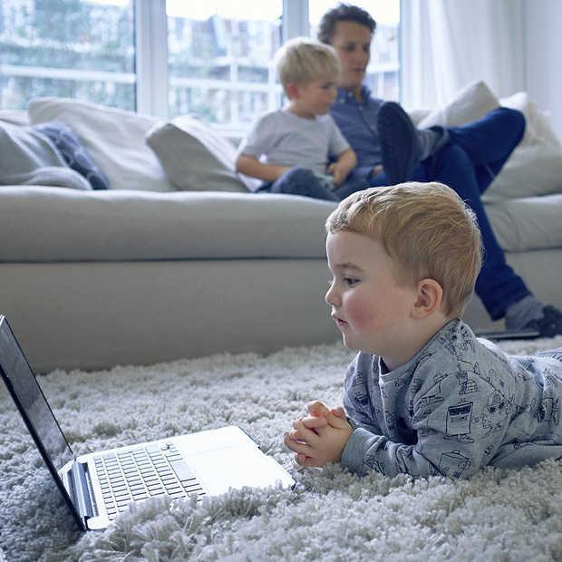 Verstrikt in kabels en wifi-stress na verhuizing