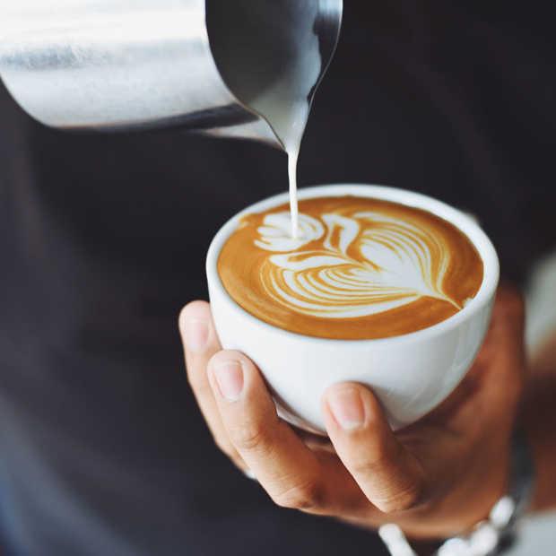 Een koffieketen slash techbedrijf neemt het op tegen Starbucks in China