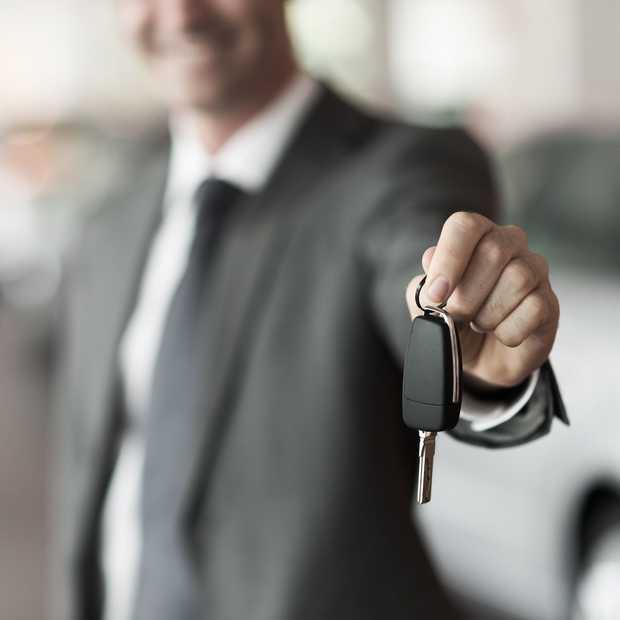 Een nieuwe auto kopen of private leasen? Zo maak je de juiste keuze