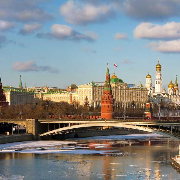Zo makkelijk geeft Facebook toe aan de eisen van het Kremlin