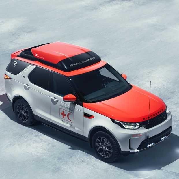 Land Rover Discovery krijgt drone op het dak om voor het Rode Kruis levens te kunnen redden