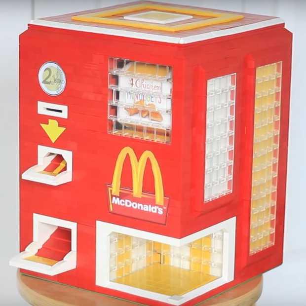 Dit McDonald's Chicken McNugget apparaat is gemaakt van LEGO