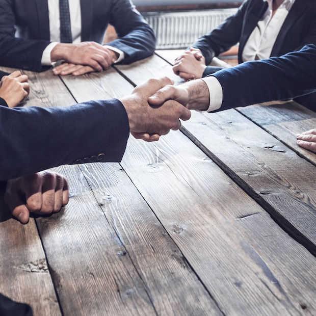 Loyals: 5 communicatiebureaus bundelen hun krachten