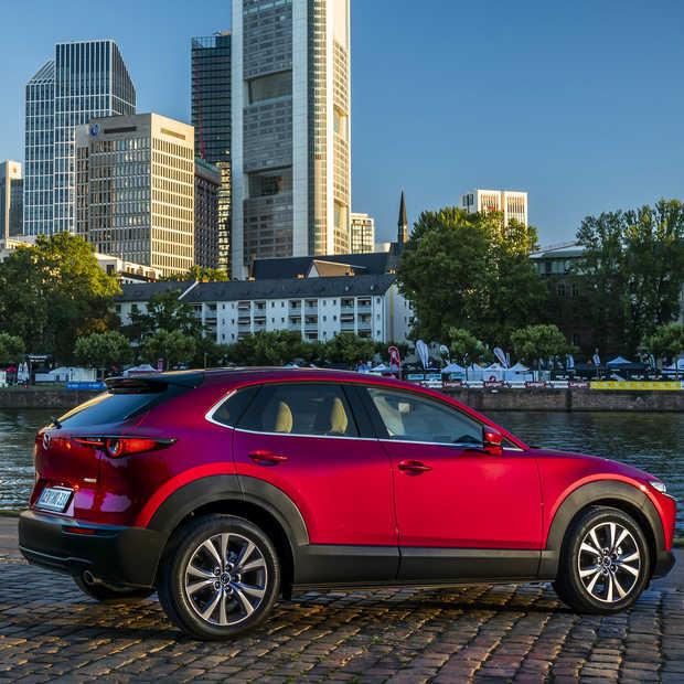 De nieuwe crossover van Mazda heet CX-30: een compacte, maar toch ruimtelijke SUV
