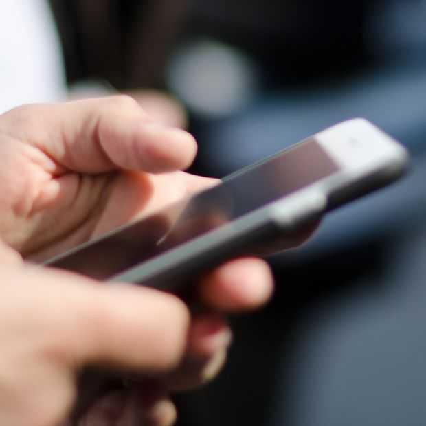 Een derde van de Nederlanders checkt 's nachts hun smartphone