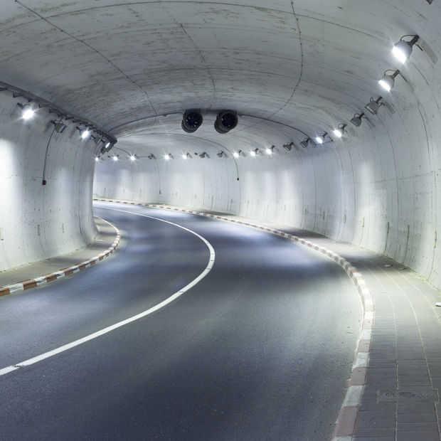 Elon Musk is het verkeer zat en gaat tunnels graven