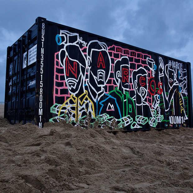 In Scheveningen is er een container met 'verslavende inhoud' aangespoeld
