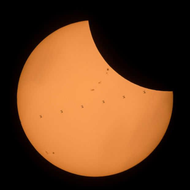 Bekijk vandaag de totale zonsverduistering