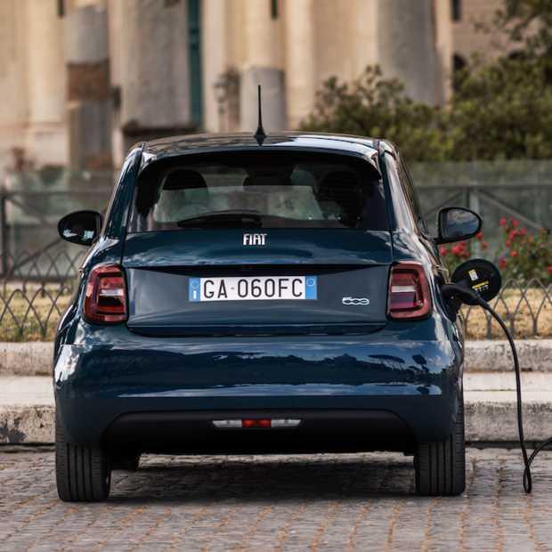 Ook de Fiat 500 gaat aan de stekker. Een icoon wordt elektrisch