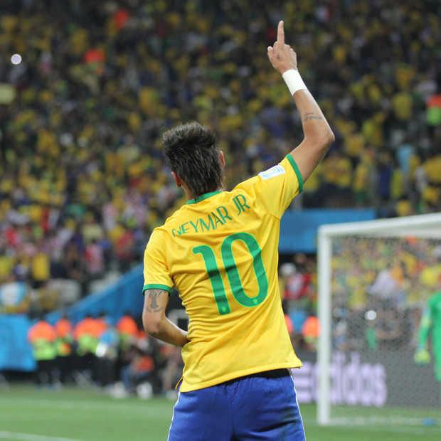 'Aansteller' Neymar zorgt voor veel lol op sociale media
