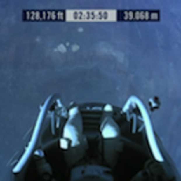 Nu LIVE : Red Bull Stratos met de De Oostenrijkse 'superparachutist' Felix Baumgartner