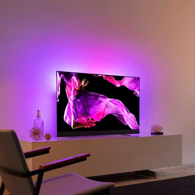 Philips TV introduceert samen met Bowers & Wilkins de OLED+ 903