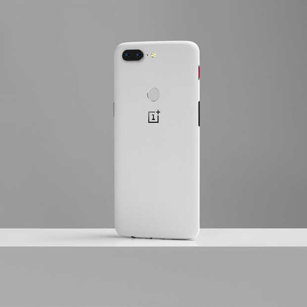 Dit is 'm: De OnePlus 5T Sandstone White Limited Edition